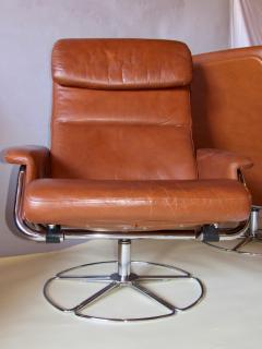 Bruno Mathsson Pair of Leather and Chrome Swivel Lounge Chairs by Bruno Mathsson for Dux 1970s - 572401