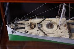 Builders Dockyard Model of the ACACIA Class Sloop H M S HONEYSUCKLE of 1915 - 542329
