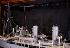 Builders Dockyard Model of the ACACIA Class Sloop H M S HONEYSUCKLE of 1915 - 542340