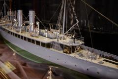Builders Dockyard Model of the ACACIA Class Sloop H M S HONEYSUCKLE of 1915 - 542341