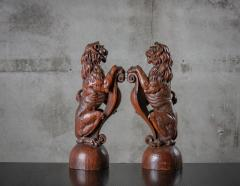 CONTINENTAL CARVED LIONS - 1018495