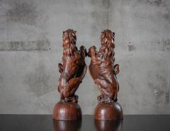CONTINENTAL CARVED LIONS - 1018497
