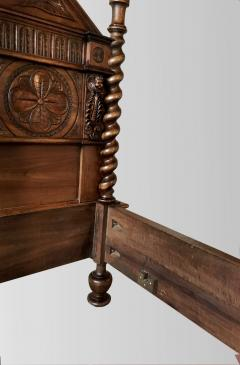 Canopy bed In carved and turned walnut France end of XIXth Century - 1226744