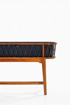 Carl Axel Acking Plant Stand Produced in Sweden - 1963934