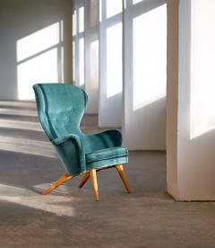Carl Gustaf Hoirt af Orn s Carl Gustav Hiort Af Orn s Wingback Armchair in Teal Velvet Finland 1952 - 853817