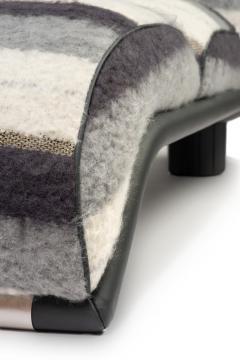 Carlo Bartoli Carlo Bartoli Rossi di Albizzate Chaise Longue Reupholstered in Dedar Oz Fabric - 1502350