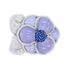 Carved Chalcedony Floral Brooch with Diamonds and Sapphires White Gold - 1864146