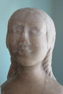 Carved Marble Bust of a Woman - 403749