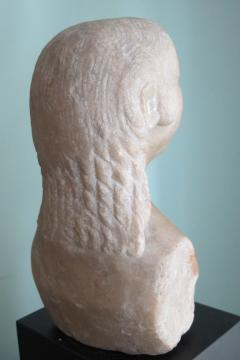 Carved Marble Bust of a Woman - 403753