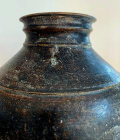 Ceramic Jar with Black Glaze Khmer Angkor Period - 1097141