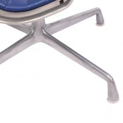 Charles Eames Four Aluminium Group Chairs by Charles Eames for Herman Miller sold individually - 1026968