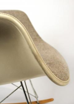 Charles Eames Rocking Chairs by Charles Eames for Herman Miller with Alexander Girard Textile - 983085