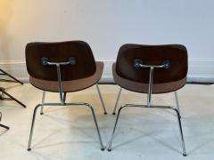 Charles Eames SUITE OF MID CENTURY SEVEN CHARLES EAMES DINING CHAIRS FOR HERMAN MILLER - 1609420
