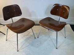 Charles Eames SUITE OF MID CENTURY SEVEN CHARLES EAMES DINING CHAIRS FOR HERMAN MILLER - 1609422