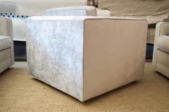 Charles Pfister Knoll Pfister Club Chair in Silver Linen Velvet - 246347