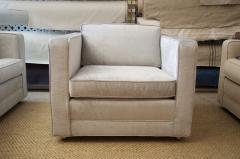 Charles Pfister Knoll Pfister Club Chair in Silver Linen Velvet - 246348