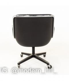 Charles Pollock Charles Pollock for Knoll Mid Century Wheeled Office Desk Chair - 1810336