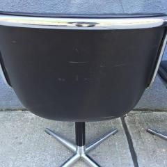 Charles Pollock Pair of Early Charles Pollock for Knoll Accent Chairs - 556317