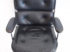 Charles Ray Eames Charles Ray Eames Black Leather Lobby Chair ES 108 - 1243021