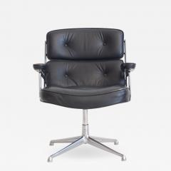 Charles Ray Eames Charles Ray Eames Black Leather Lobby Chair ES 108 - 1245612