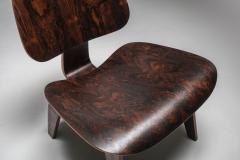 Charles Ray Eames Eames LCW Pre Production in Rio Rosewood 1945 - 1450478