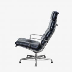 Charles Ray Eames Eames Soft Pad Lounge Chair in Leather by Charles Ray Eames for Herman Miller - 2098791