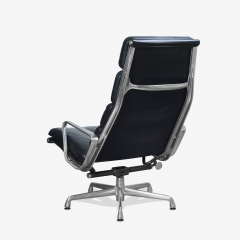 Charles Ray Eames Eames Soft Pad Lounge Chair in Leather by Charles Ray Eames for Herman Miller - 2098792