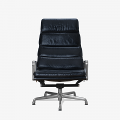 Charles Ray Eames Eames Soft Pad Lounge Chair in Leather by Charles Ray Eames for Herman Miller - 2098794