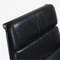 Charles Ray Eames Eames Soft Pad Lounge Chair in Leather by Charles Ray Eames for Herman Miller - 2098800