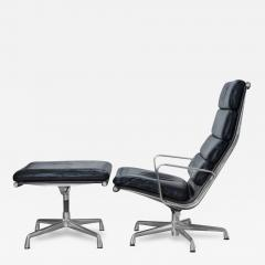 Charles Ray Eames Eames Soft Pad Lounge Chair in Leather by Charles Ray Eames for Herman Miller - 2099613