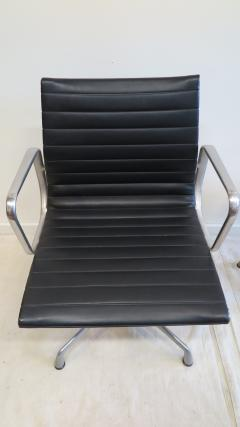 Charles Ray Eames Herman Miller Aluminum Group Management Chairs - 576551