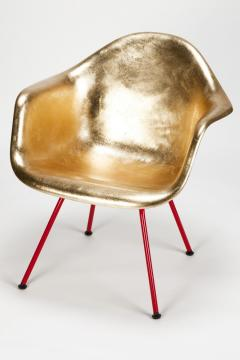 Charles Ray Eames Leaf gilded Eames Armchair - 1638573