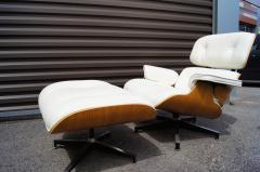 Charles Ray Eames Lounge Chair Ottoman Model 670 671 by Charles Ray Eames for Herman Miller - 1346274