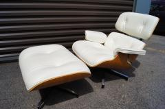 Charles Ray Eames Lounge Chair Ottoman Model 670 671 by Charles Ray Eames for Herman Miller - 1346275