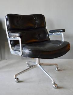 Charles Ray Eames Rare Vintage Black Leather Eames Time Life Lobby Chair    473273