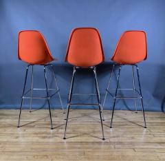 Charles Ray Eames Set of Charles Ray Eames Fiberglass Shell Bar Stools - 1384609