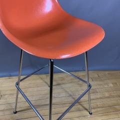 Charles Ray Eames Set of Charles Ray Eames Fiberglass Shell Bar Stools - 1384610