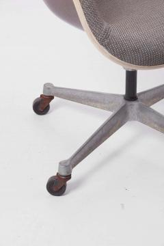Charles Ray Eames Swivel Chair with Casters by Ray Charles Eames for Herman Miller US 1960s - 1257669