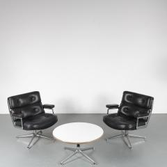 Charles Ray Eames Time Life Lobby Chairs with Coffee Table by Eames for Herman Miller USA 1960 - 1580078