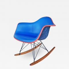 Charles Ray Eames Upholstered Eames Rocking Chair Rar D 1950 - 2022361