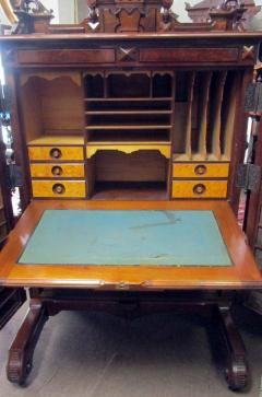Charles Wooten 19th Century American Patented Wooten Desk with Provenance - 736462