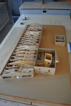 Charles and Rae Eames Studio Architects Model - 1054018