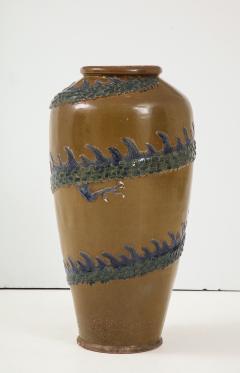 Chinese Dragon Pot - 1244961