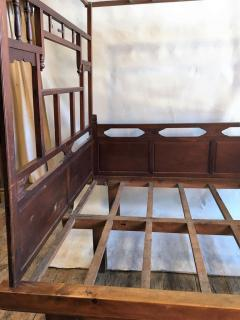 Chinese Enclosed Bed Late 19th Century - 1039583