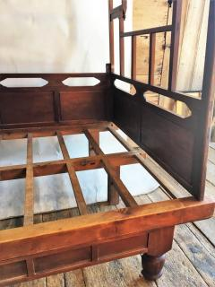 Chinese Enclosed Bed Late 19th Century - 1039584