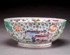 Chinese Export Bowl with Hunt Scenes - 678620