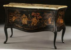 Chinoiserie Lacqured a Balestra Commode - 115486