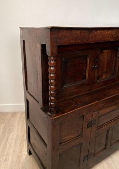 Circa 1620 James I Oak Paneled Cupboard England - 1902742