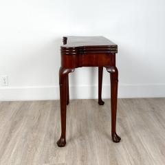 Circa 1770 Tri Top Mahogany English Table - 2029393