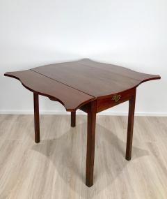 Circa 1780 Serpentine Pembroke Table England - 1882324